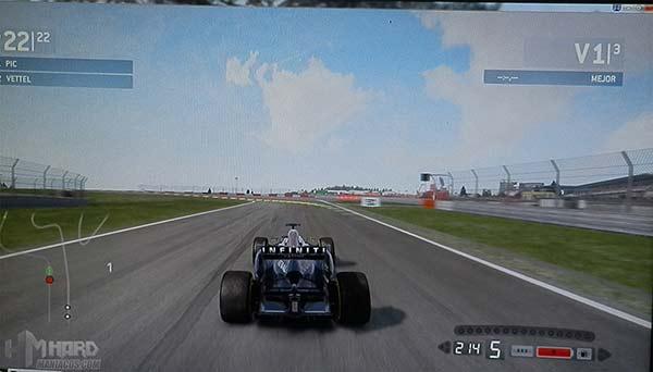 Monitor-Philips-Gamer-SmartImage-juego-F1-modo-carreras-desactivado