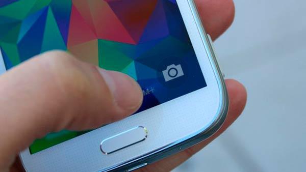 Samsung-Galaxy-K-zoom-acceso-a-camara