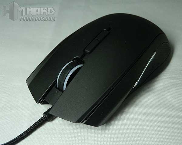 Raton-gaming-Razer-Taipan-18