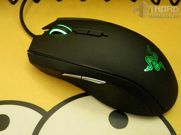 Raton-gaming-Razer-Taipan-44