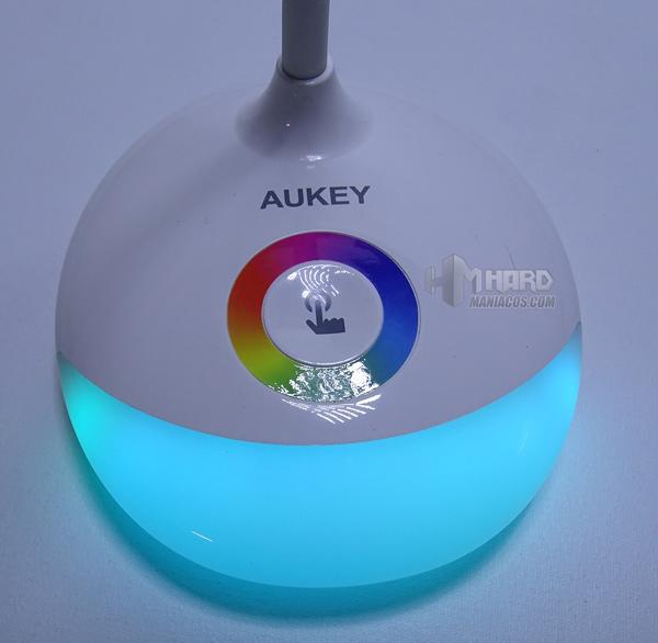lámpara de escritorio portátil RGB Aukey 11