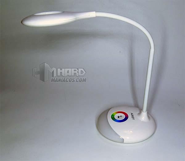 lámpara de escritorio portátil RGB Aukey 40