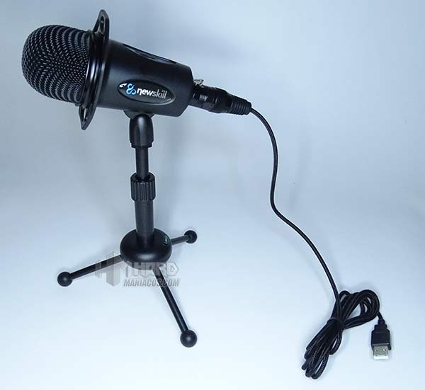 micro NewSkill Ixion con cable