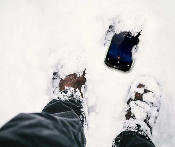 oukitel wp5000 en la nieve