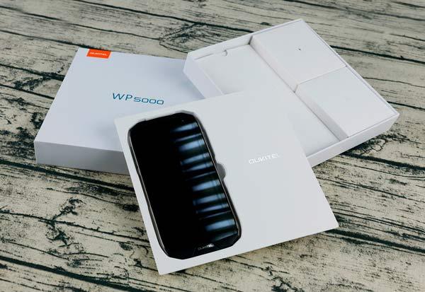 caja y accesorios oukitel wp5000
