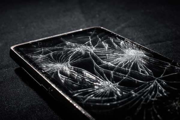 La novedosa funda Spider-App salvará tu móvil de caídas