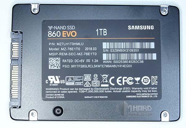 SSD Samsung 860 EVO por detrás