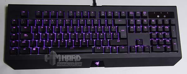 iluminación teclado razer blackwidow chroma v2 lila