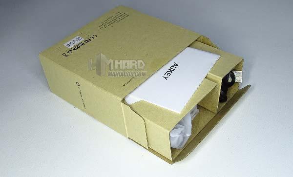 interior caja webcam aukey 1080p full hd