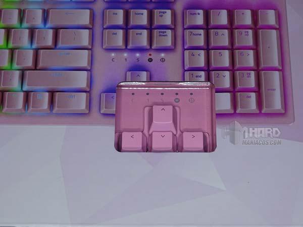 detalle teclas caja Razer Huntsman Quartz Pink