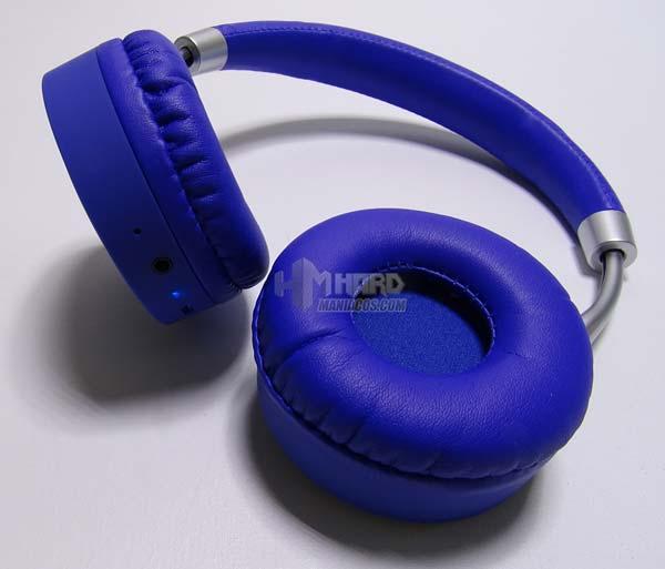 LED azul auricualares Bluetooh CoolBox