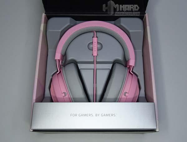 unboxing caja abierta audifonos Razer Quartz Pink