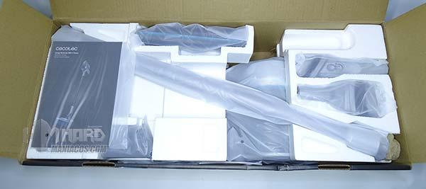 caja abierta unboxing aspirador Cecotec Conga RockStar