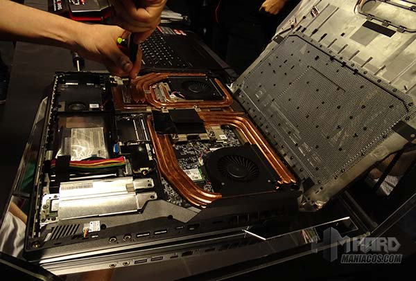 destornillando refrigeracion GT76 titan