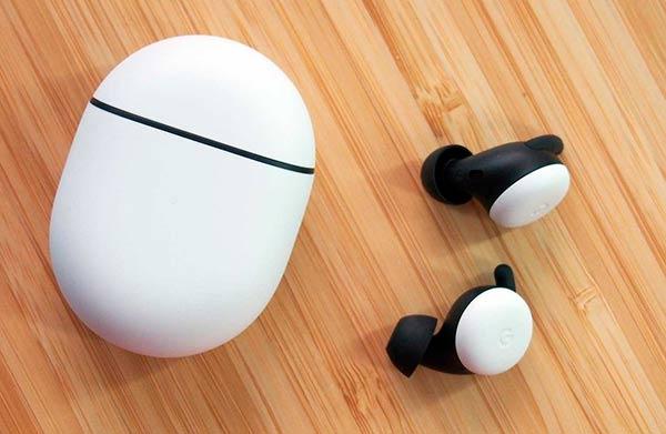 auriculares y funda Google Pixel Buds 2020
