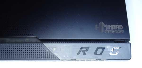 pieza transparente diseño ROG Strix SCAR 15 G533
