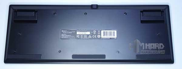 parte de abajo teclado Roccat Vulcan TKL Pro